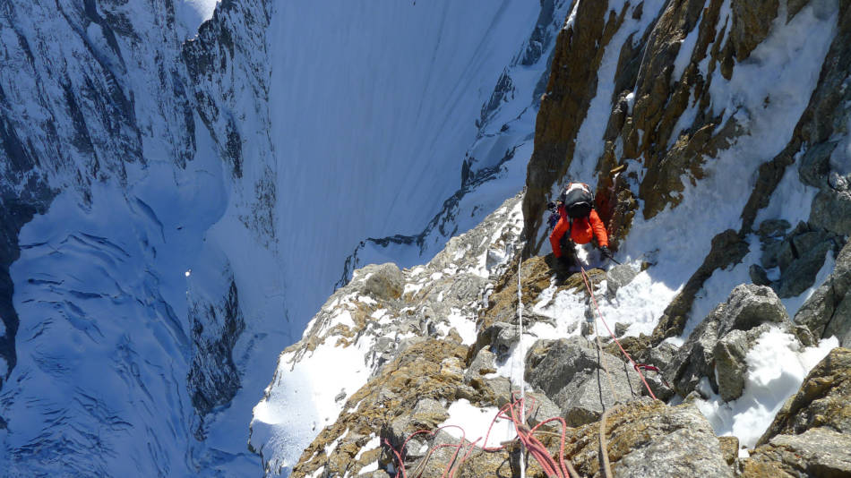 Seconding the initial mixed pitches in the sun, © Ally Swinton